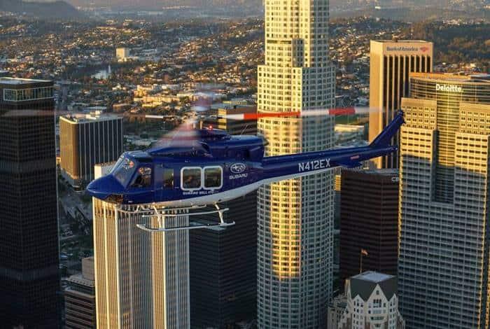 Subaru Bell 412 EPX au-dessus de Los Angeles