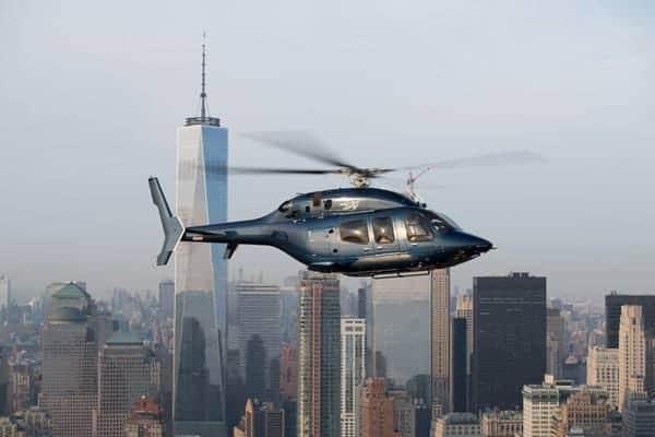 Le Bell 429 en vol au-dessus de New York