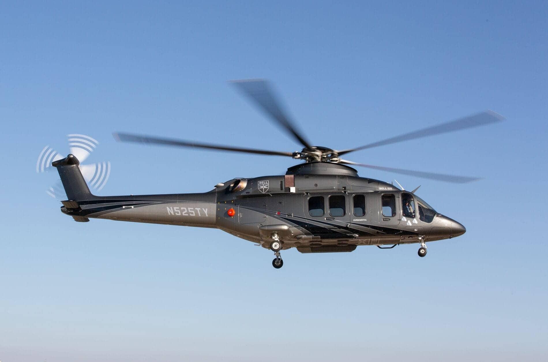 Bell 525 en vol et vue de profil