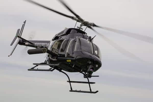 Bell-407M-vue-de-face-en-vol